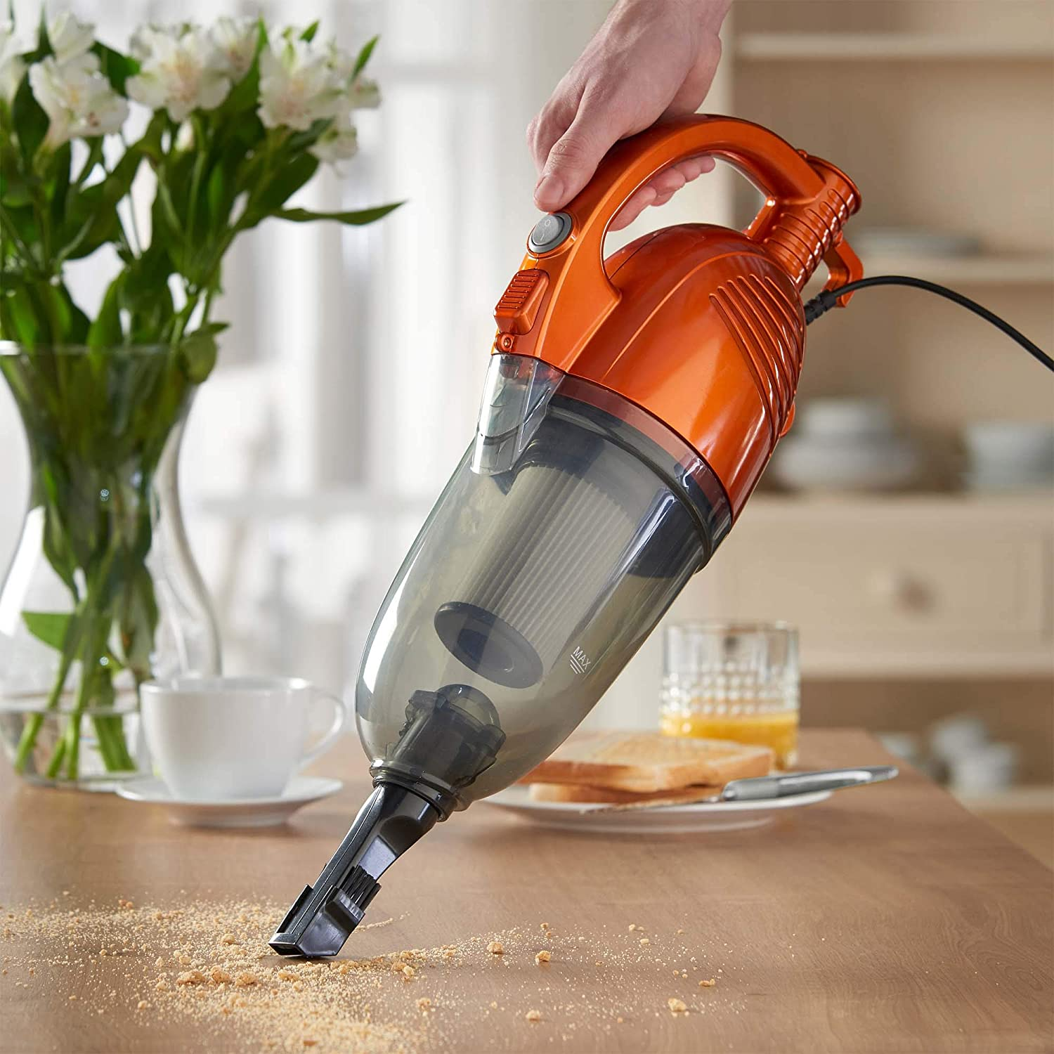 VonHaus 600W 2-in-1 Corded Lightweight Upright Stick & Handheld Vacuum