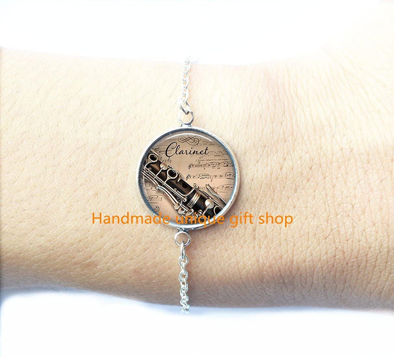 Dainty Bracelet, Simple Bracelet,Clarinet and Music Bracelet, Clarinet Bracelet Clarinet Bracelet, Clarinet player gift, music jewelry, music Bracelet-RC053 Handmade unique gift shop