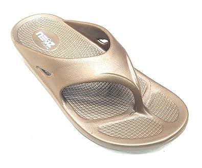 3d2604ae385 Neoz Women's Levirex Classic Flip Flops