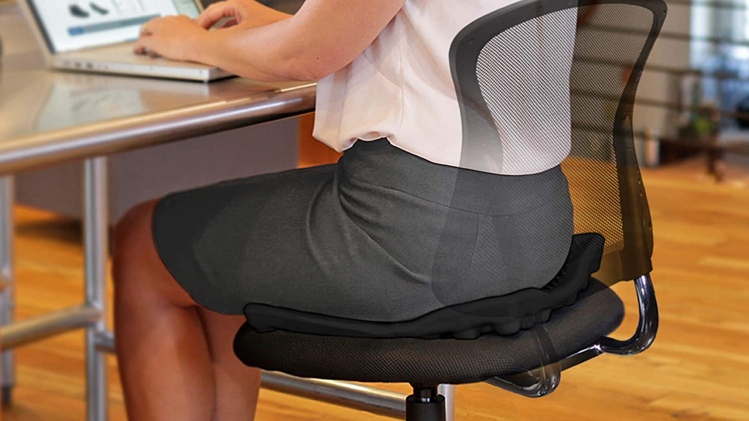 BackJoy Comfort Seat Cushion Durable EVA Foam Slip-Resistant 18x16 Breathable Size Waterproof Improves Posture Comes with Removable//Washable Cover