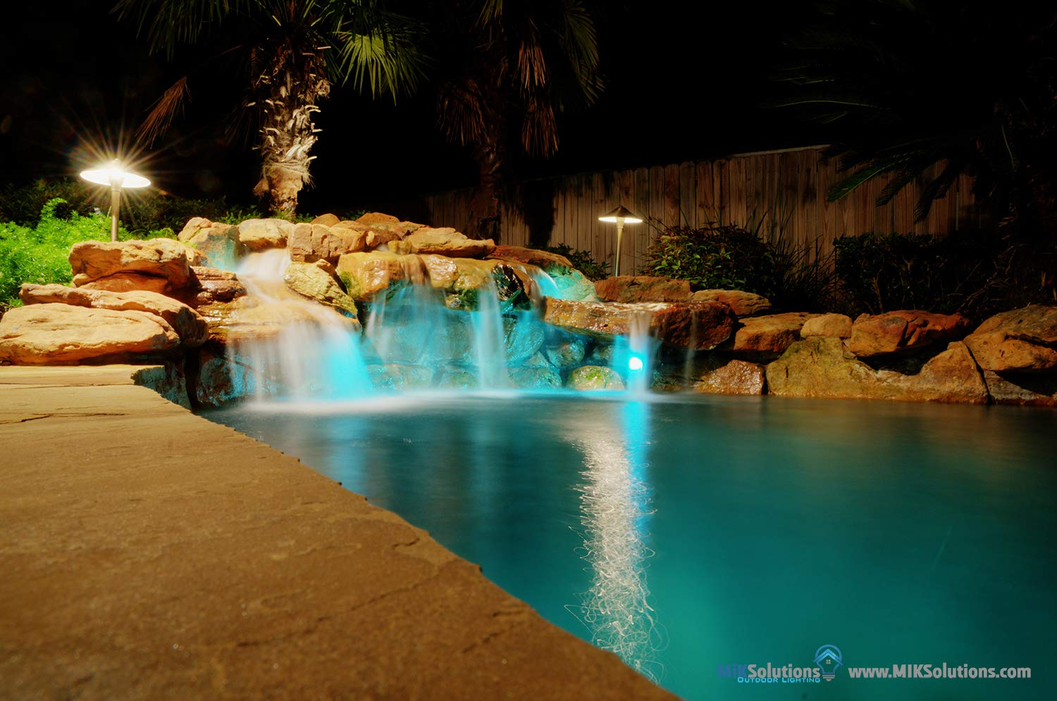Underwater Light by MIK Solutions Solid Brass 7WMR16 LED Bulb Pond Light Submersible Waterfall Pool Fountain Light for Beautiful Bright Long Lasting Home Garden Patio Pool Area Lighting by MIK Solutions Outdoor Lighting (Image #5)