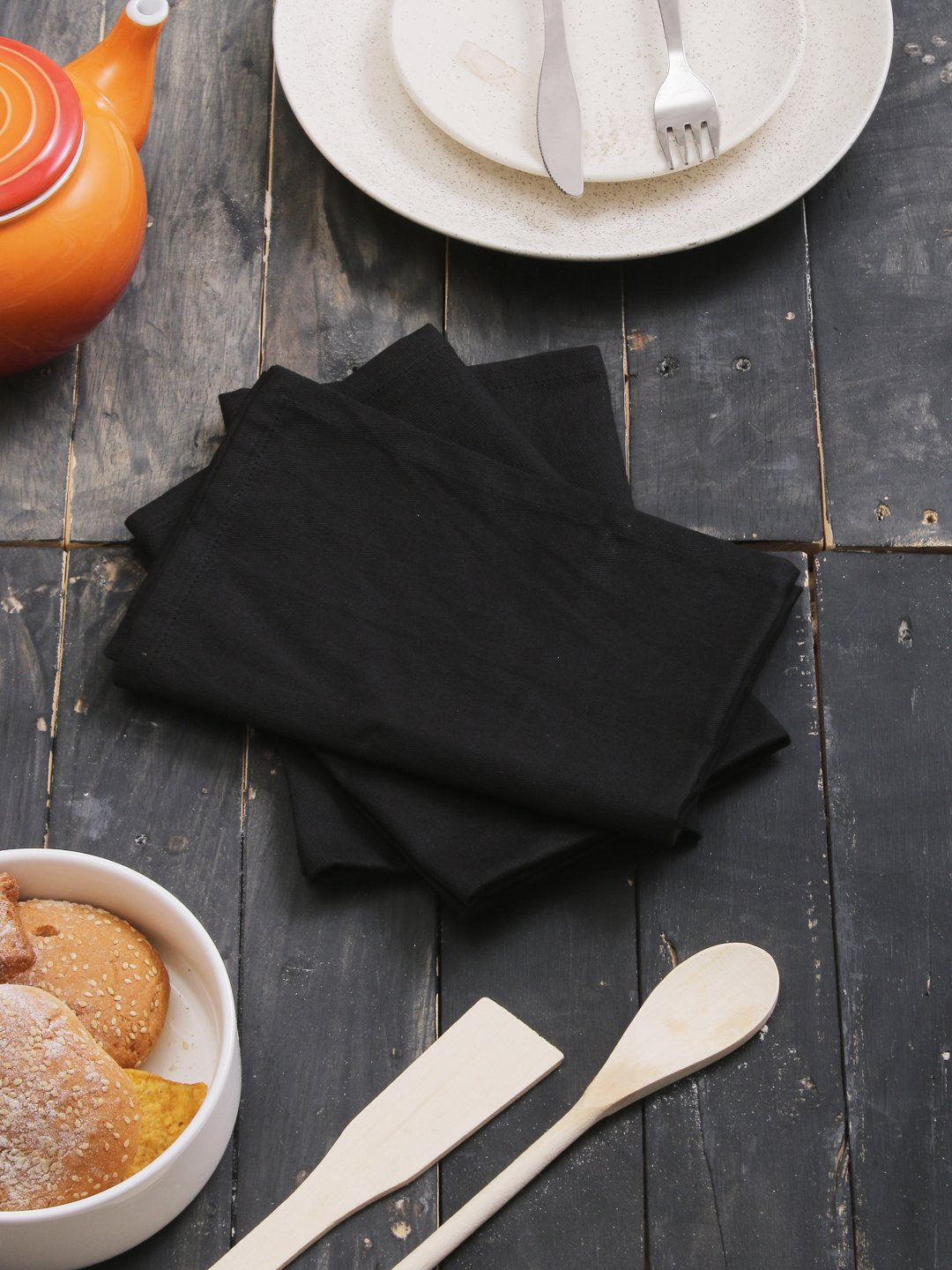 100% Cotton Napkins Black - 12 Pack (18 inches x18 inches) Perfect use for Events and Regular Home Usage. Perfect Choose of Napkins.