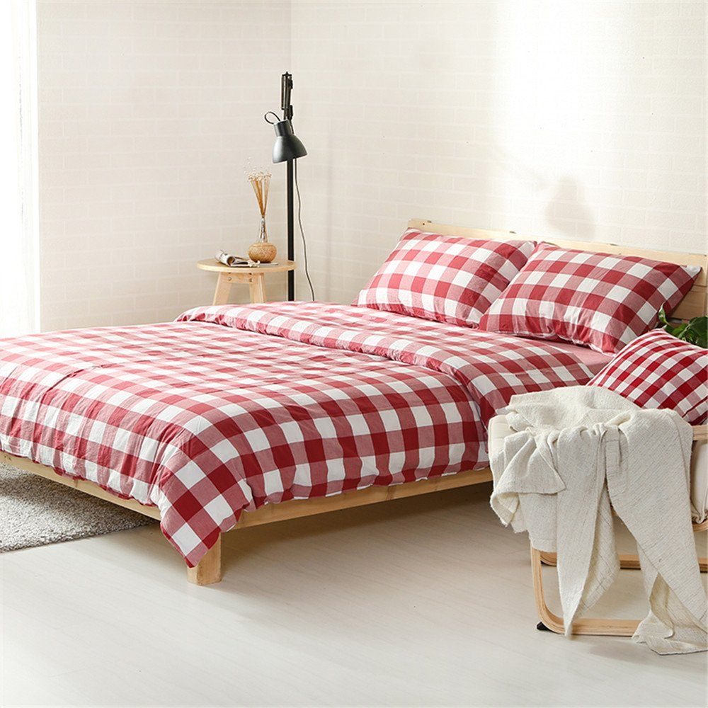 Red gingham adult bedding