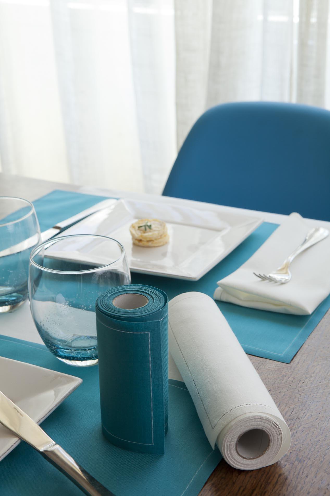 Cotton Dinner Napkin - 12.6 x 12.6 in - 12 units per roll - Ecru by MYdrap (Image #3)