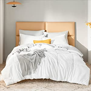 Bedsure White Comforter Twin Size - All Season Quilted Down Alternative Comforter, Ultra Soft Duvet Insert, Houndstooth Microfiber Stain Resistant Lightweight Duvet (Twin 68x88 inches, White)