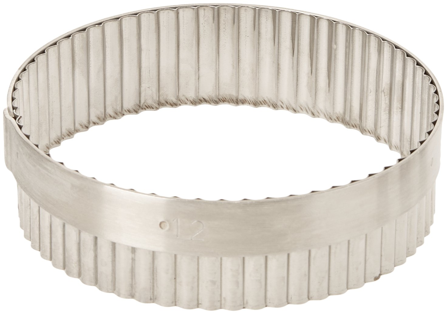 De Buyer 3314.06 Elastomoule Round Fluted Cutter, 6 cm Diameter 331406