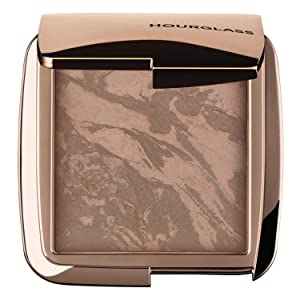 Hourglass Ambient Lighting Bronzer in Nude Bronze Light. Highlighting Bronzer for a Natural Sun-Kissed Glow. Vegan and Cruelty-Free.