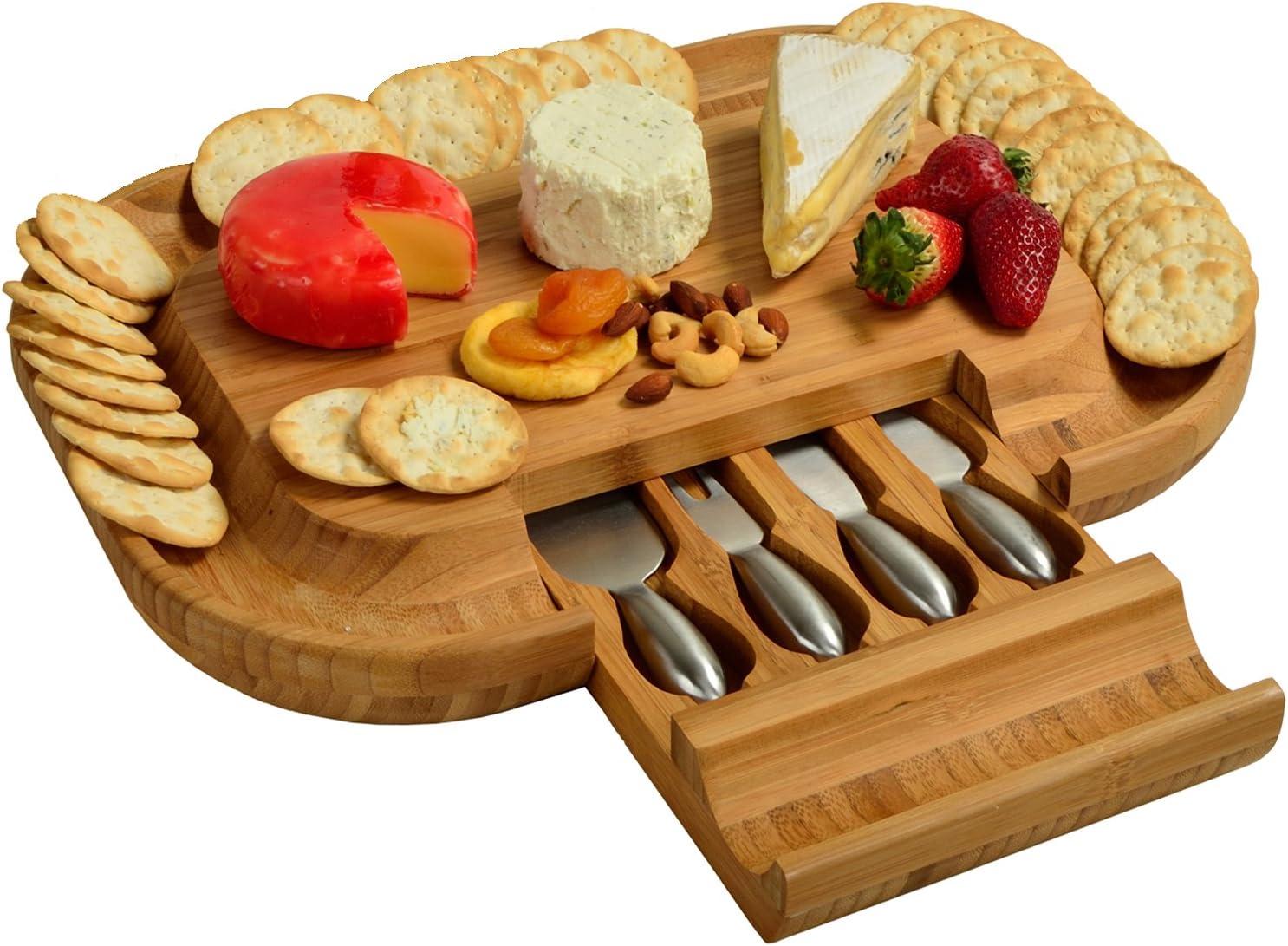 Picnic at Ascot Deluxe Malvern Cheese Board CB39