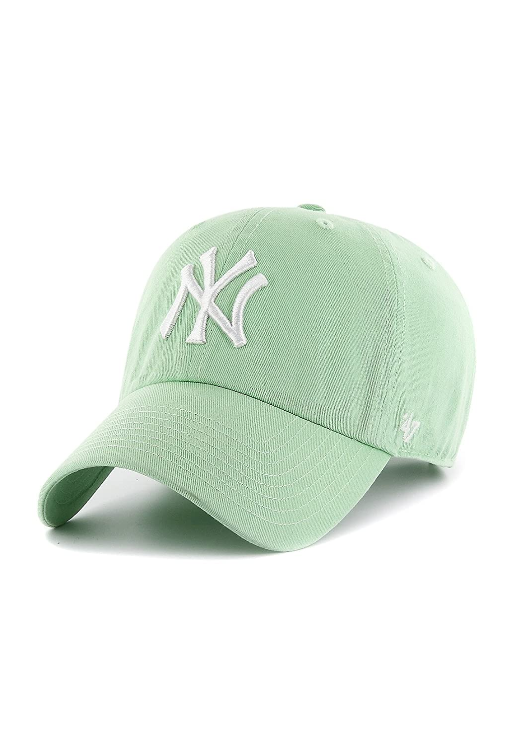 f78136eda6e108 Amazon.com: '47 New York Yankees Dad Hat Brand Pastel Clean Up Slouch Fit  Strapback (Hemlock Green): Clothing