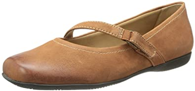 Trotters Womens Simmy Mary Jane Flat  AWNMENOF2