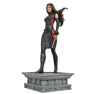 DIAMOND SELECT TOYS Marvel Gallery Elektra Netflix TV PVC Figure: Diamond Select: Toys & Games