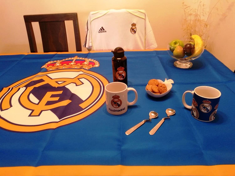 Real Madrid mantel antimanchas - Producto oficial - 100 cms X 140 cms (2 4  personas)  Amazon.es  Hogar 24c224aecaf