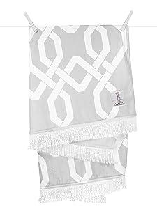 Little Giraffe Bliss Windowpane Blanket, Silver, 30 Inch x 40 Inch