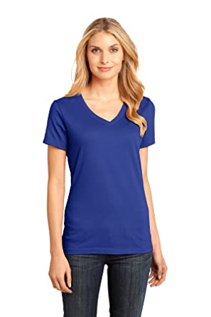 65c14fd90e7 District Made Women s Perfect Weight V Neck Tee at Amazon Women s ...
