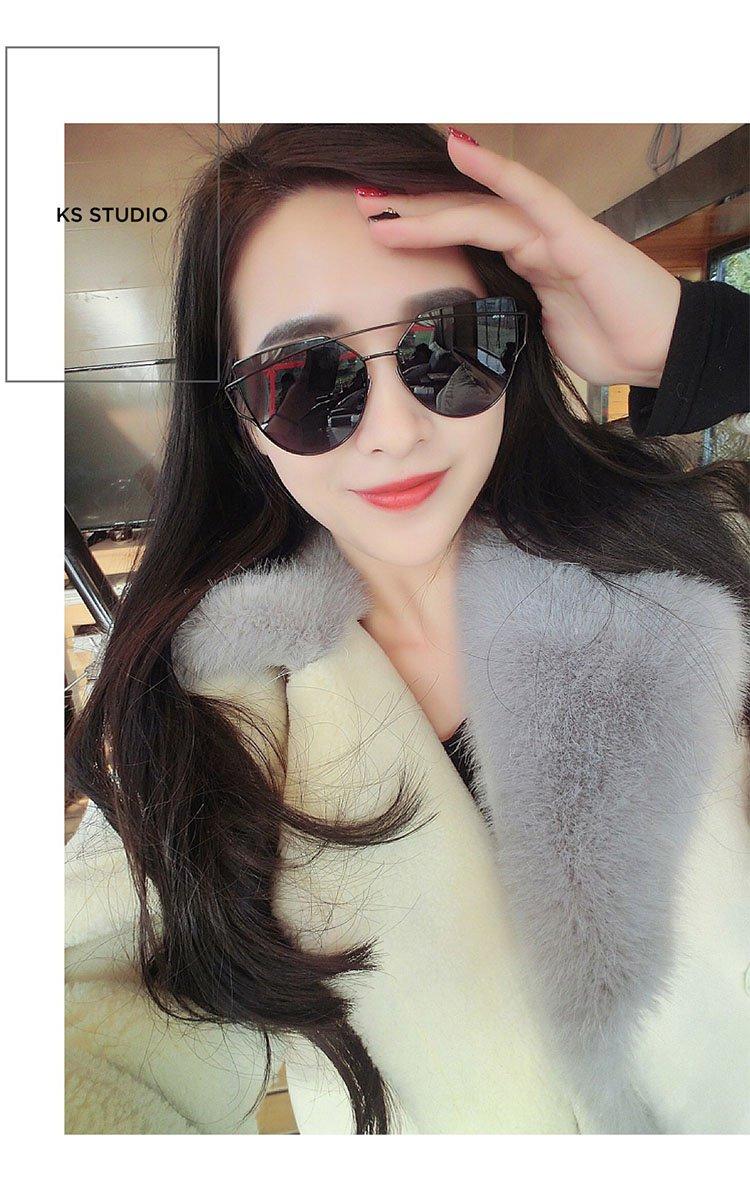 a7f76499b775 New Gentle man or Women Monster eyeware V brand LOVE PUNCH M01 sunglasses  for Gentle monster sunglasses -black frame black lenses  Amazon.co.uk   Sports   ...