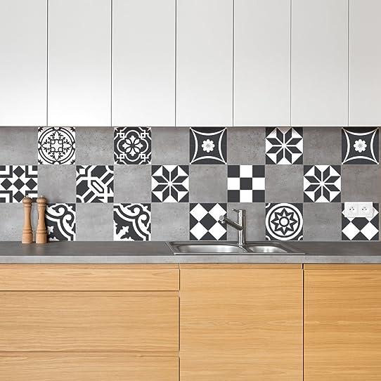 carrelage mural 10x10 free carrelage faiences murales x pose en diagonale avec triangles maills. Black Bedroom Furniture Sets. Home Design Ideas