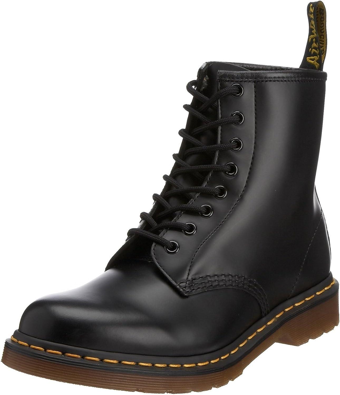 prepotente abbraccio Uluru  Amazon.com | Dr. Martens Men's DAI 1460 Studded Black Boot US 12 UK 11 |  Boots