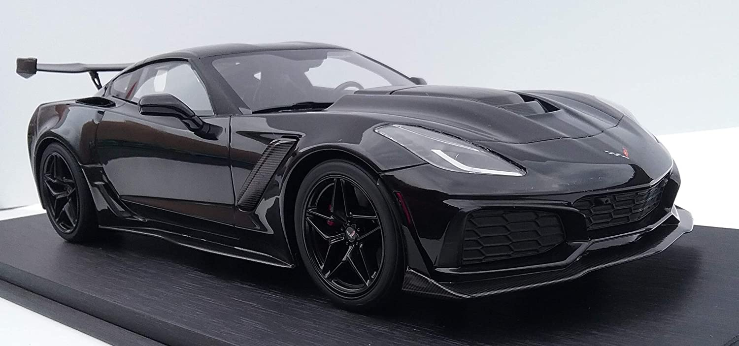 Amazon Com 2019 Chevrolet Corvette Zr 1 In Black Fine High