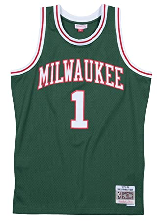 buy online 839ec 7d1c2 Mitchell & Ness Oscar Robertson Milwaukee Bucks NBA Throwback Jersey - Green