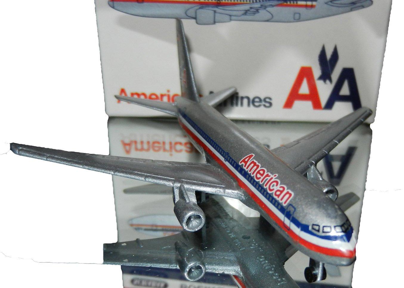Amazon com: Schabak 907/29 1:600 Scale Diecast American Airlines
