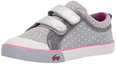 48a3898a8 See Kai Run Girl's Robyne Sneaker, Gray Dots, 1Y M US Little Kid