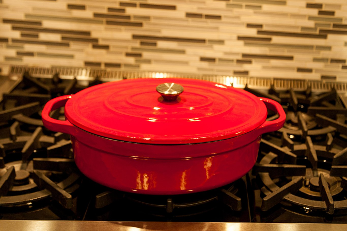 Useful UH-CI35 7 Quart Cast Iron Enamel Oval Covered Dutch Oven Casserole With Lid by Useful. (Image #3)
