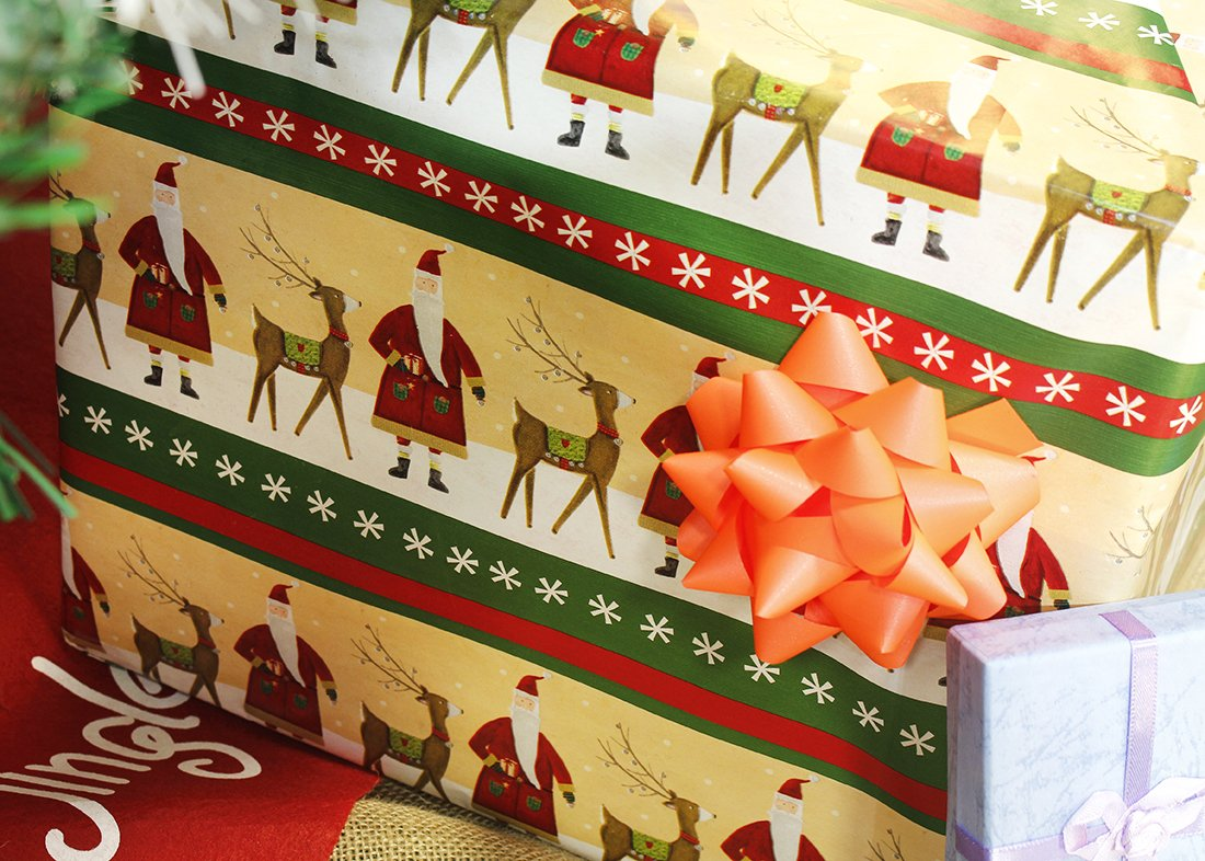 "204 X 17/"" Gift Wrapping Paper Rolls Pack Of 3 Narrow /& Long Christmas Reindeer S"