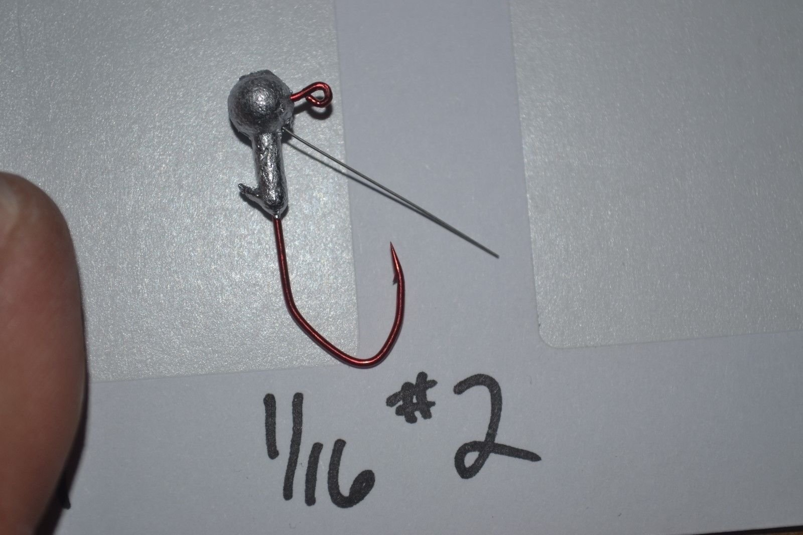 Experience Real Fishing 1/16 Round Head WEEDLESS Crappie JIG Head #2 Eagle Claw RED Sickle 25 Pack World Class Fishing