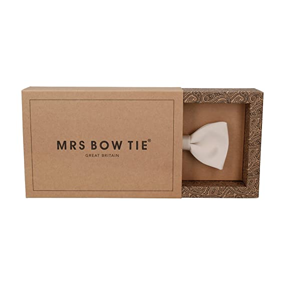 5ec448bc90168 Mrs Bow Tie Satin Pre Tied, Self Tying Bow Ties at Amazon Men's Clothing  store