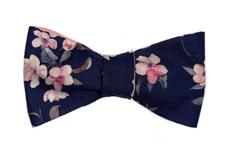 Blauer anzug fliege rosa Anzug Herren