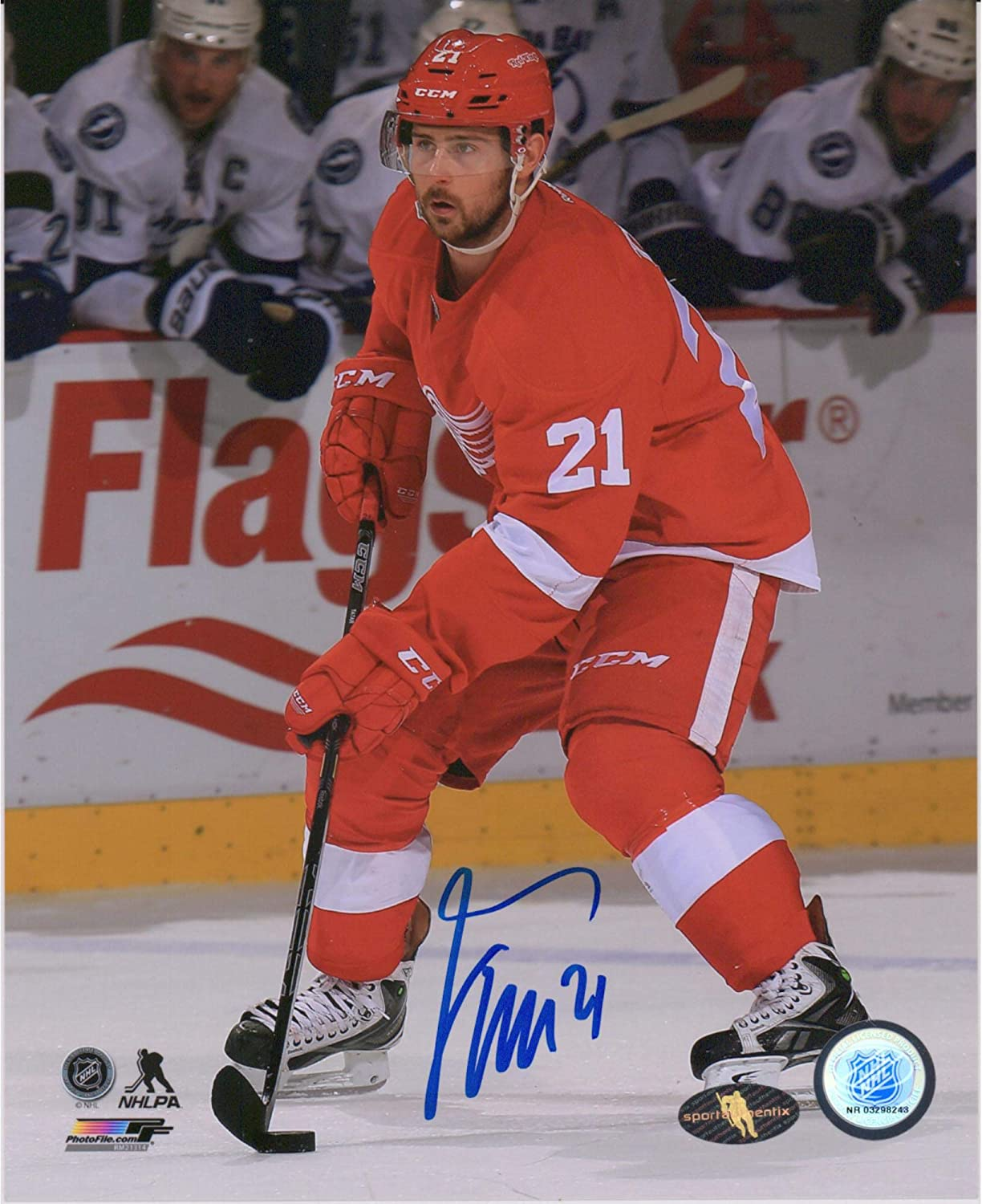 Tomas Tatar Detroit Red Wings Autographed 8 X 10 Red Jersey Skating With Puck Photograph Autographed Nhl Pucks At Amazon S Sports Collectibles Store