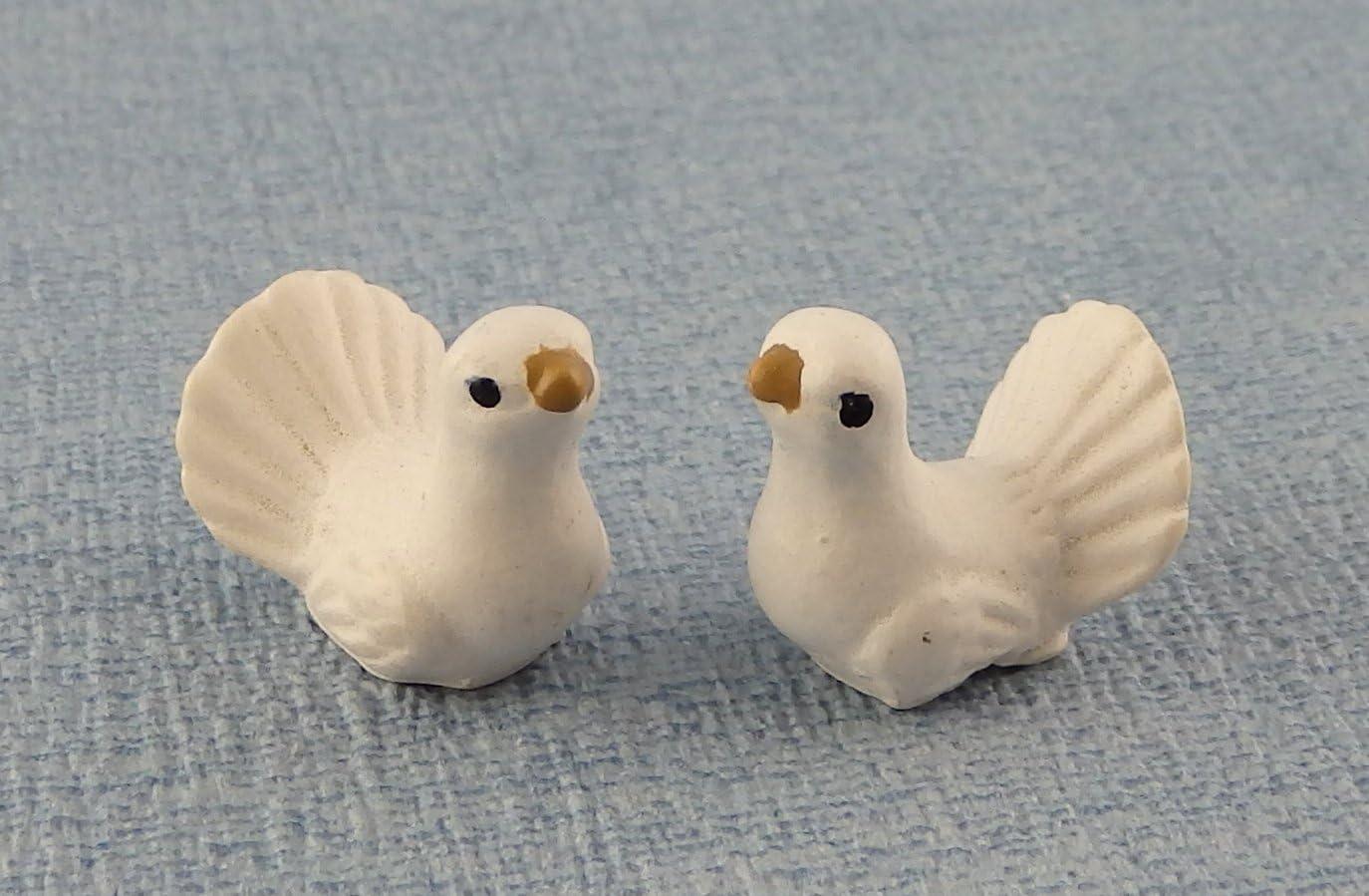 Melody Jane Dollhouse Miniature Pet Garden Accessory Birds Pair of White Turtle Doves