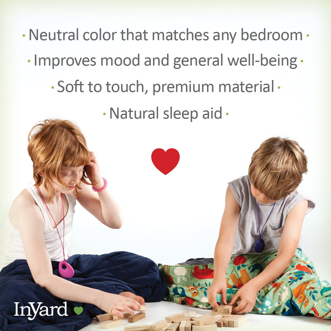 """Premium Weighted Blanket for Kids by InYard   5 lbs   36""""x48"""" (for a child between 30-40 lbs)   Calming Compression Therapy for Autism, ADHD, Anxiety, Stress, Sensory Processing Disorder   Navy Blue by InYard (Image #4)"""
