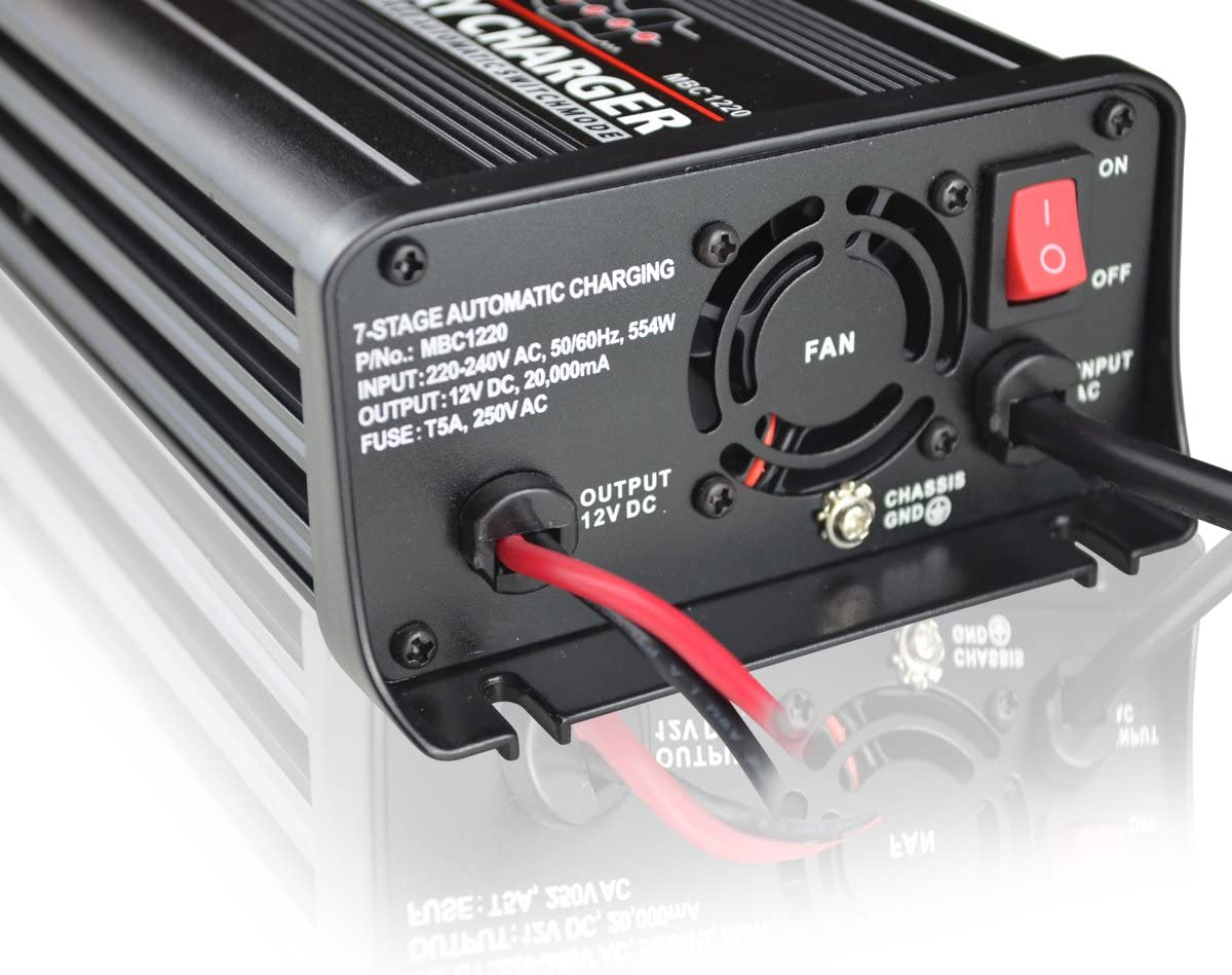 Batterieladeger/ät 12V 15A 7-Stufen Automatik Paco MBC1215