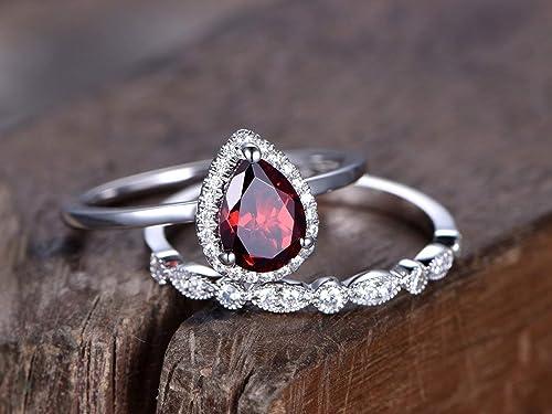 Women/'s 14K Gold Plated Pear Shape Red Garnet 925 Sterling Silver Engagement Bridal Ring Set