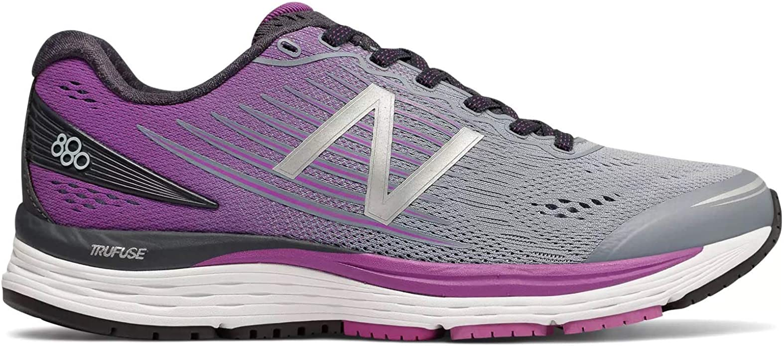 chaussures new balance 880 v8