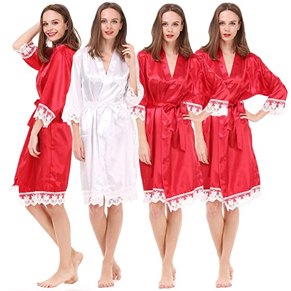 f3b8e02199d1 Set of 4 Women's Satin Robes for Bride and Bridesmaid with Lace Trim:  Amazon.co.uk: Clothing