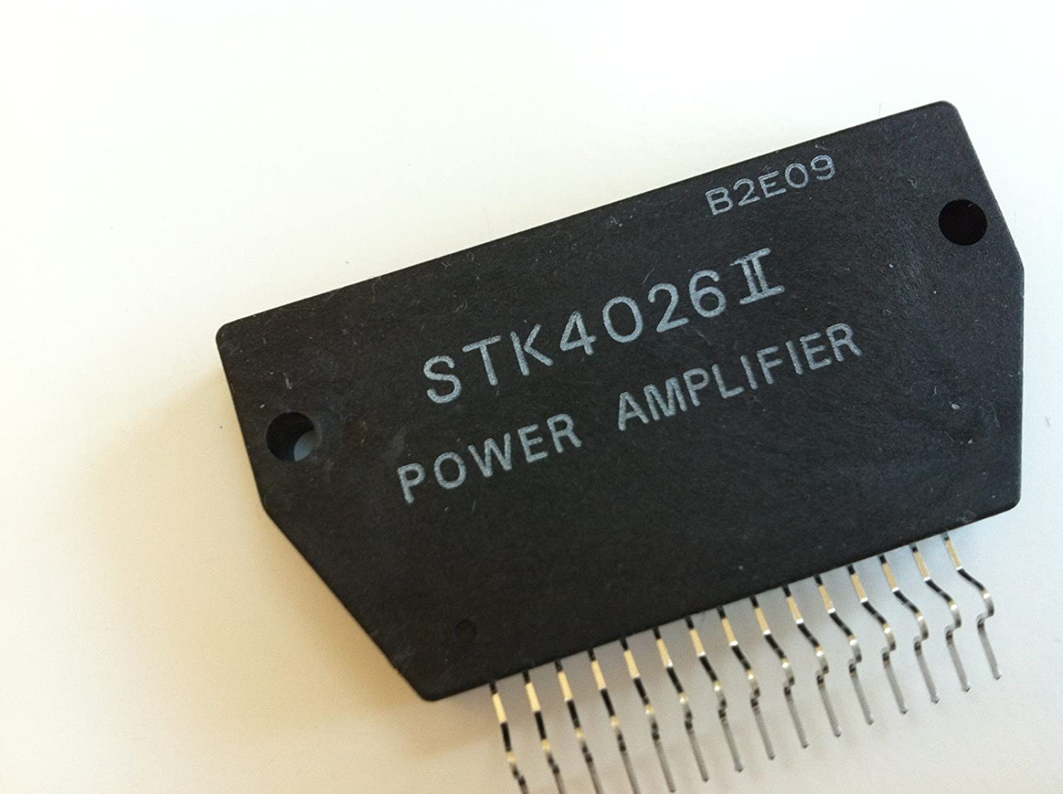 Stk4026 Ii Af Power Amplifier Heat Sink Compound Tv Signal 470mhz860mhz Amplifiercircuit Circuit Original New Sanyo Home Audio Theater