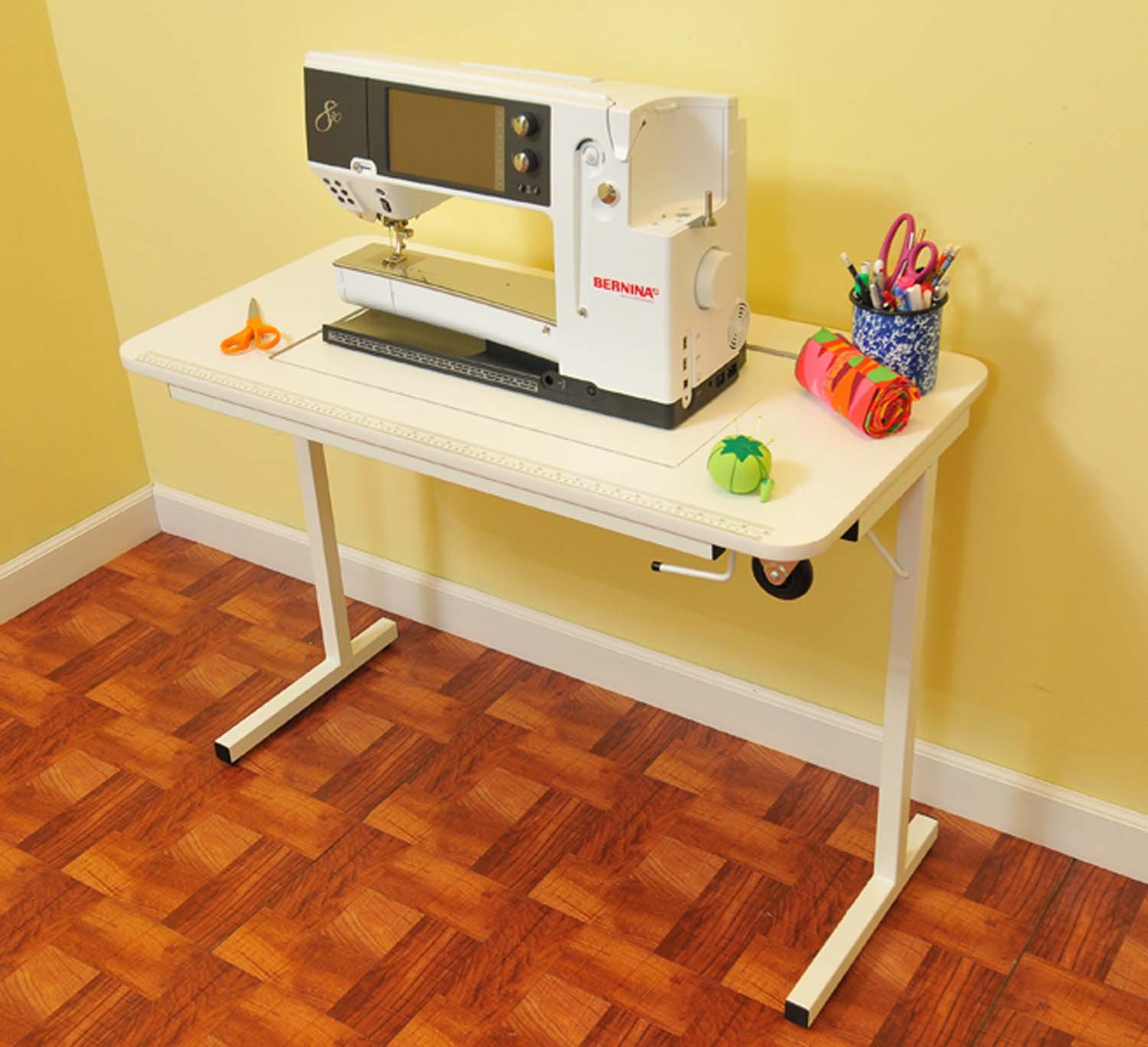 Nice Amazon.com: Arrow Gidget II Home Indoor Adjustable Sewing Machine Sturdy  Craft Table White: Arts, Crafts U0026 Sewing