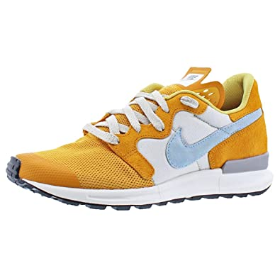 low priced fe2b0 a3562 ... authentic amazon nike mens air berwuda prm suede lightweight casual  shoes fashion sneakers c1dea 54bc2