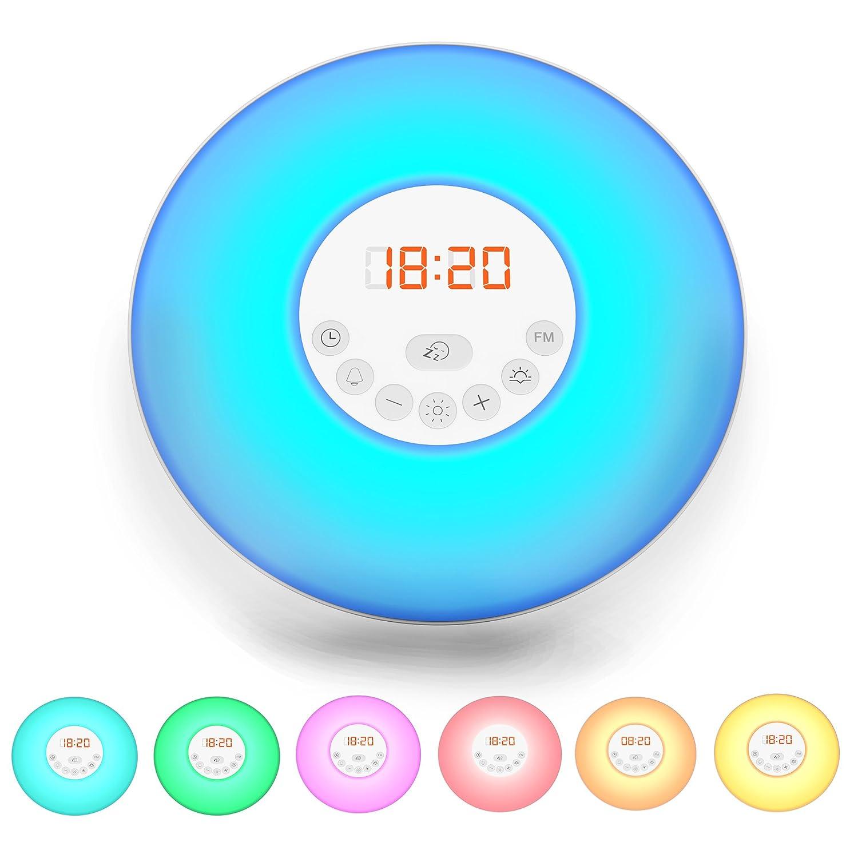 B.K. Licht radio réveil LED, réveil lumineux 7 couleurs, radio FM digital, veilleuse, fonction tactile, 230V, [Classe énergétique A+] B.K.Licht BKL1082