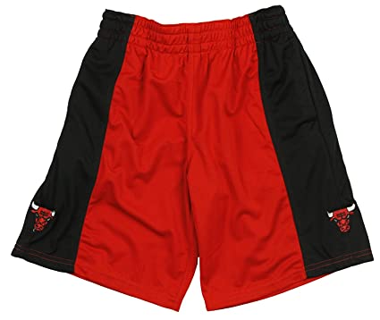Buy Chicago Bulls NBA Men s Basketball Shorts - Red   Black Online at Low  Prices in India - Amazon.in b185ce415edc