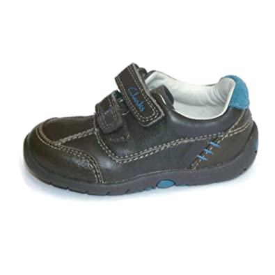 9006030f8994 Clarks Boys Pre-School Softly Lo Fst Leather Shoes In Brown Wide Fit Size  3.5 E  Amazon.co.uk  Shoes   Bags
