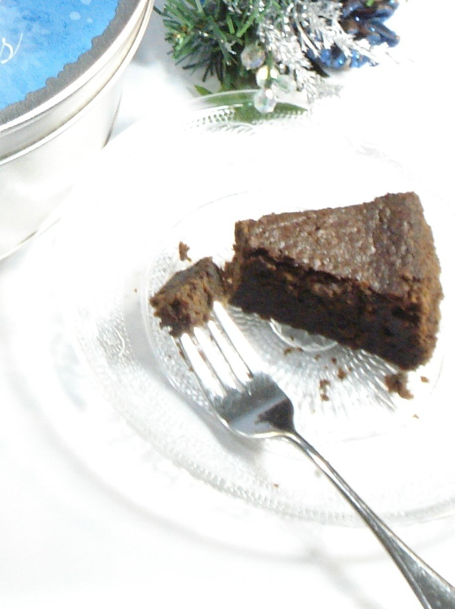 Rose's Original Jamaican Rum Cake by R.M. Gourmet Co. (2lb) by R.M. Gourmet Co. (Image #2)