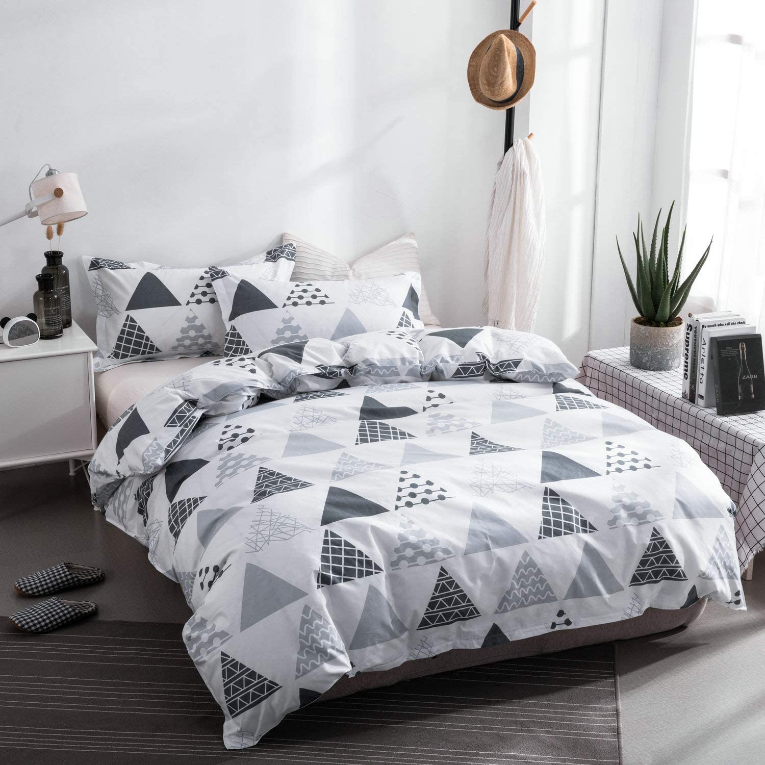 Soft Microfiber Teen Bedding for Kid Girl Bedroom Triangle, White, Twin 66x86 Without Quilt ORIHOME Twin Bedding Set Triangle Print White Color 3 Piece Bedding Sets One Duvet Cover Two Pillowcase