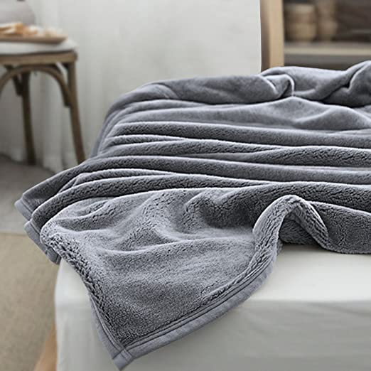 SUPER SOFT AND WARM THERMAL BED OR COUCH BLANKET ONLY $24!