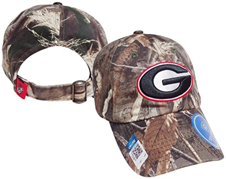ef13ff75256c5d Image Unavailable. Image not available for. Color: Georgia Bulldogs Crew  Max Realtree Camo Adjustable Hat / Cap ...