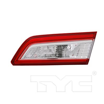 TYC 17-5304-00-1 Compatible with TOYOTA Camry Replacement Reflex Reflector: Automotive