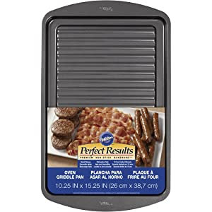 Wilton Perfect Results Premium Non-Stick Bakeware, Oven Griddle Pan, Great for Preparing Bacon and Sausages in the Oven, 10.25 x 15.25 Inches