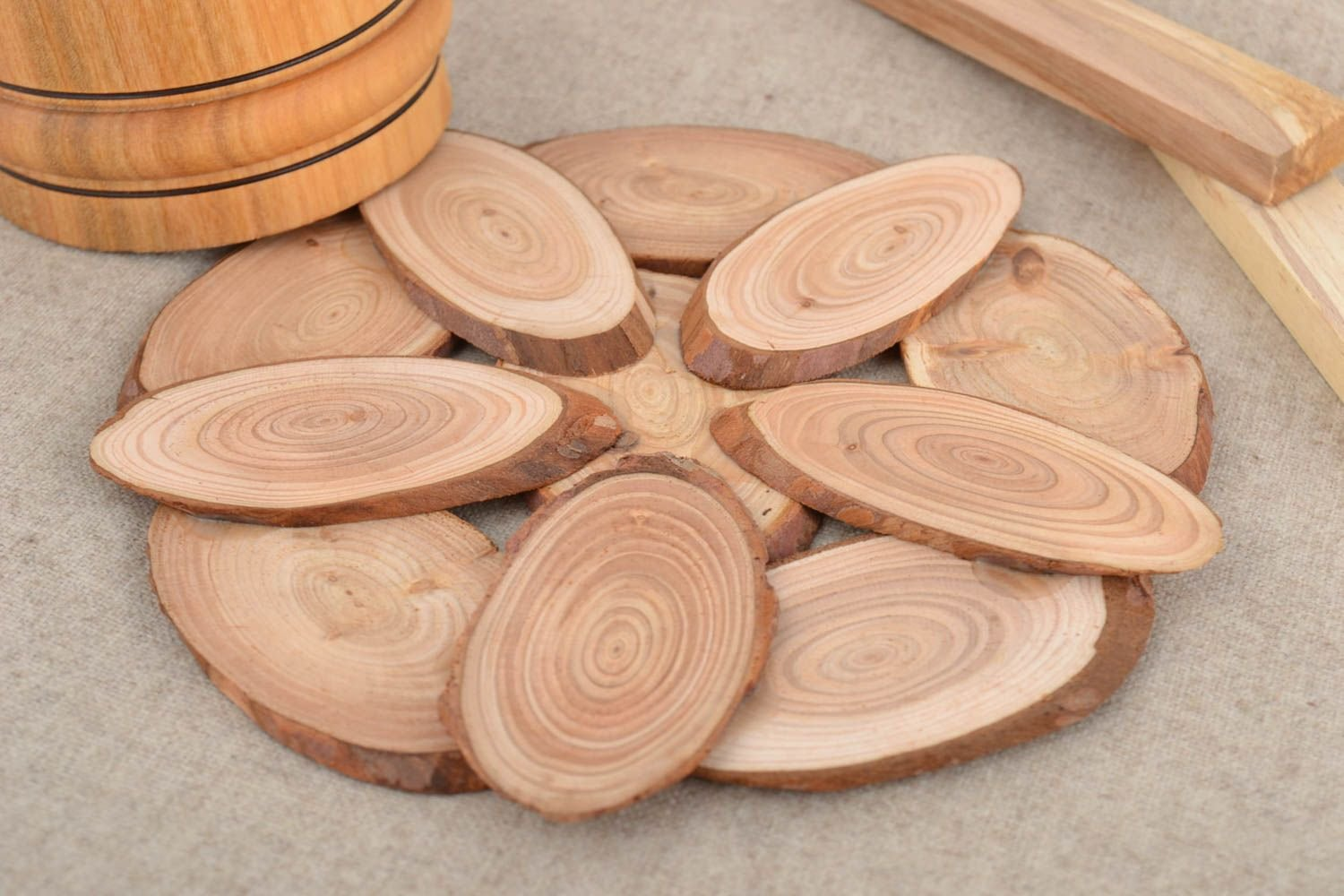 Standard Natural Holders for Pots and Pans Round Coasters Relaxdays Cork Trivet Set of 4 Heatproof